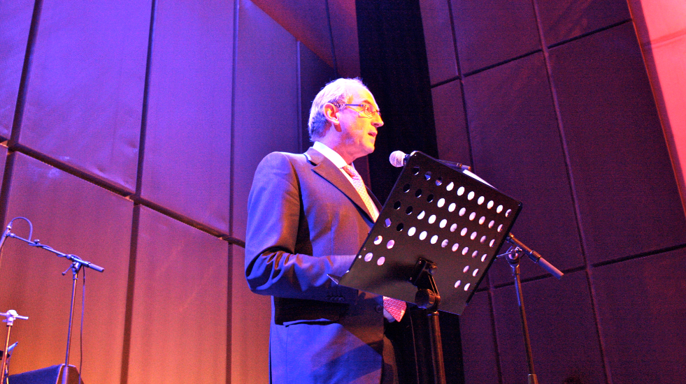 Job Cohen bij de opening van 2009