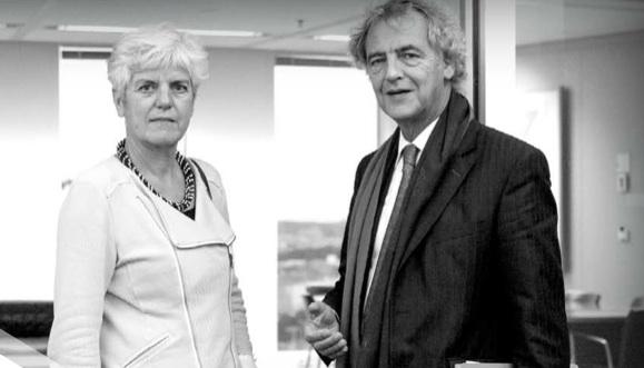 Ella en Roger in dialoog, bron Zorgverzekeraars Nederland